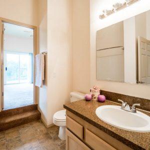 Willamette Landing Bathroom 2