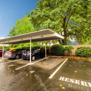 Willamette Landing Parking
