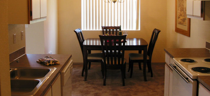 Willamette Grove Dinning Room